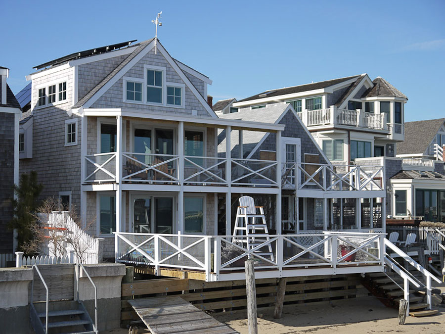 Deborah paine inc cape code home magazine feature for Cape cod beach homes